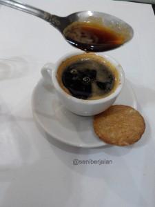 coffee wine 3 - kabar wisata - seni berjalan